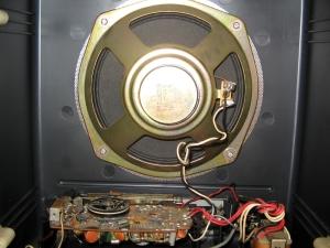 Universum W111 - Quelle DKE chassis